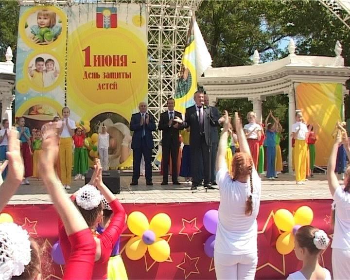 В Армавире стартовал турнир по стритболу на Кубок губернатора края (фото) - фото 1