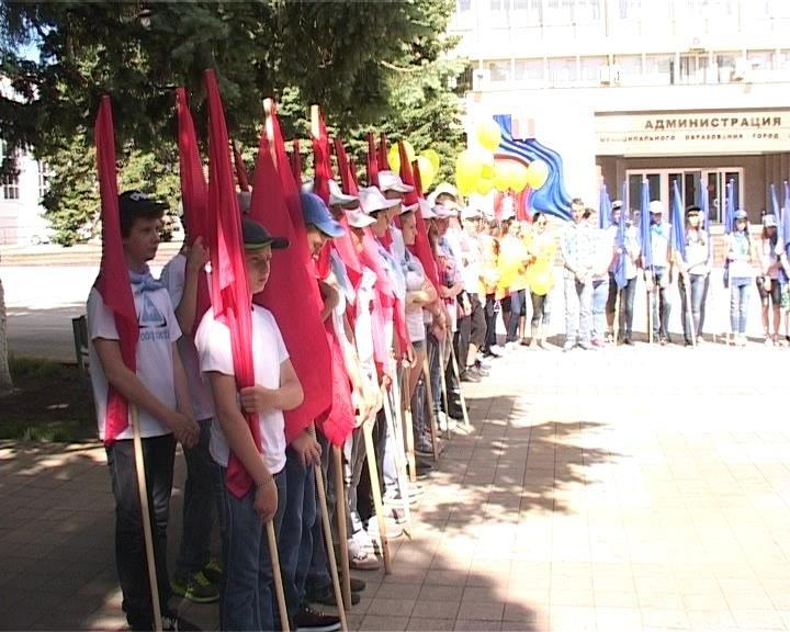 В Армавире  ткрывают сезон молодежные трудовые бригады (фото) - фото 1