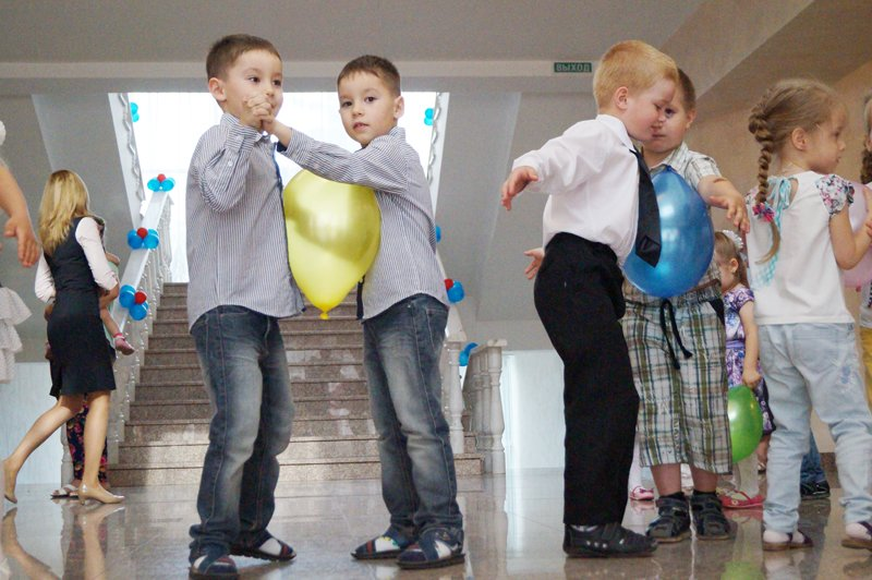 Я — это ты, а ты — это я! В Белгороде устроили праздник близнецов (фото) - фото 1