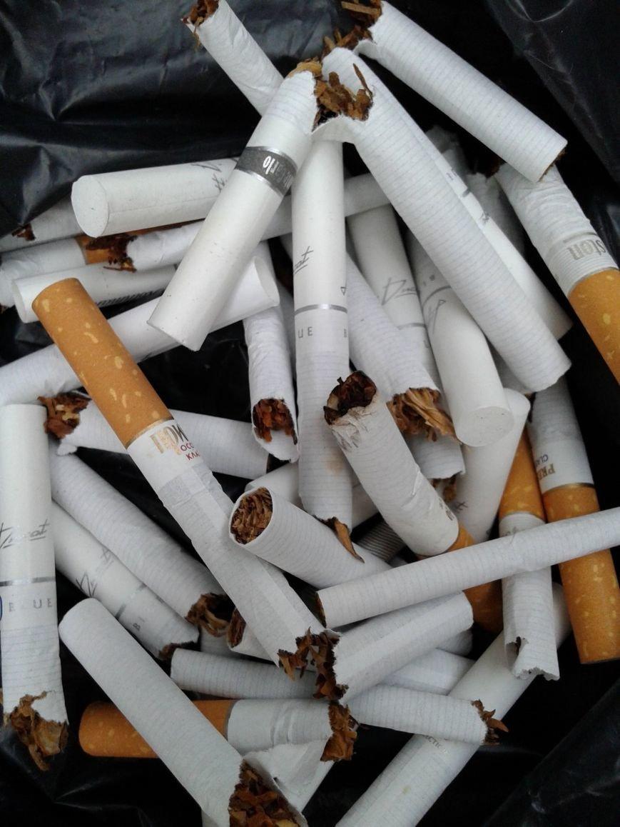 Днепродзержинцам предлагали обменять сигареты на конфеты (фото) - фото 6