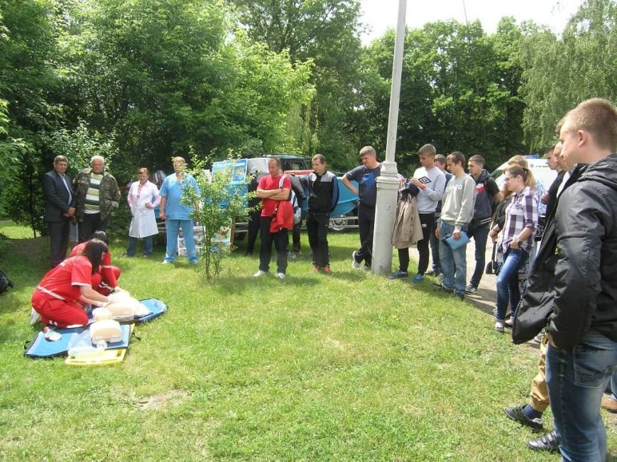 В детских лагерях и базах отдыха Сум провели учебный сбор спасателей на воде (ФОТО) (фото) - фото 1