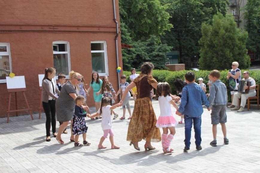 26 воспитанников школы искусств получили денежные сертификаты (фото) - фото 2