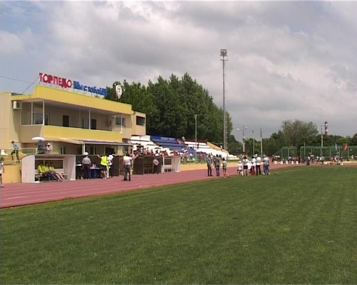 В Армавире прошло  первенство Краснодарского края по легкой атлетике (фото) - фото 1