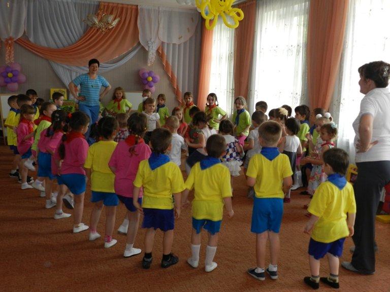 Сегодня в Димитрове открылся летний сезон в детских садах (фото) - фото 4