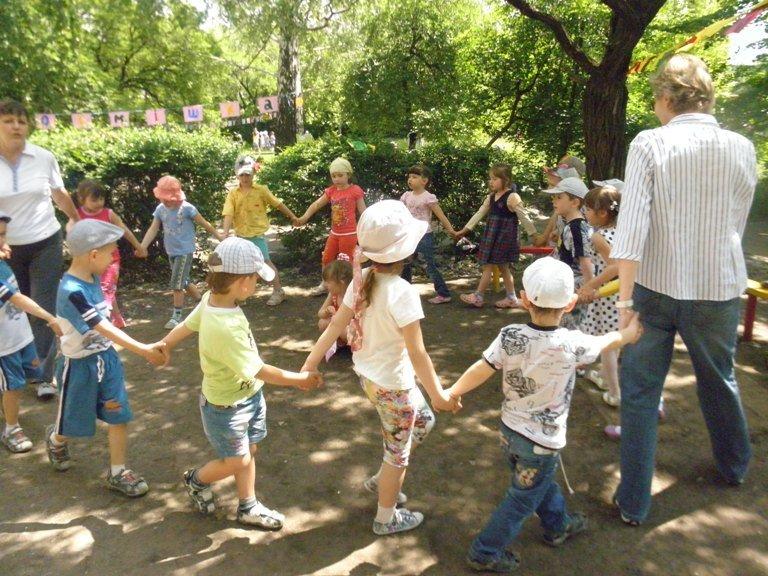 Сегодня в Димитрове открылся летний сезон в детских садах (фото) - фото 9