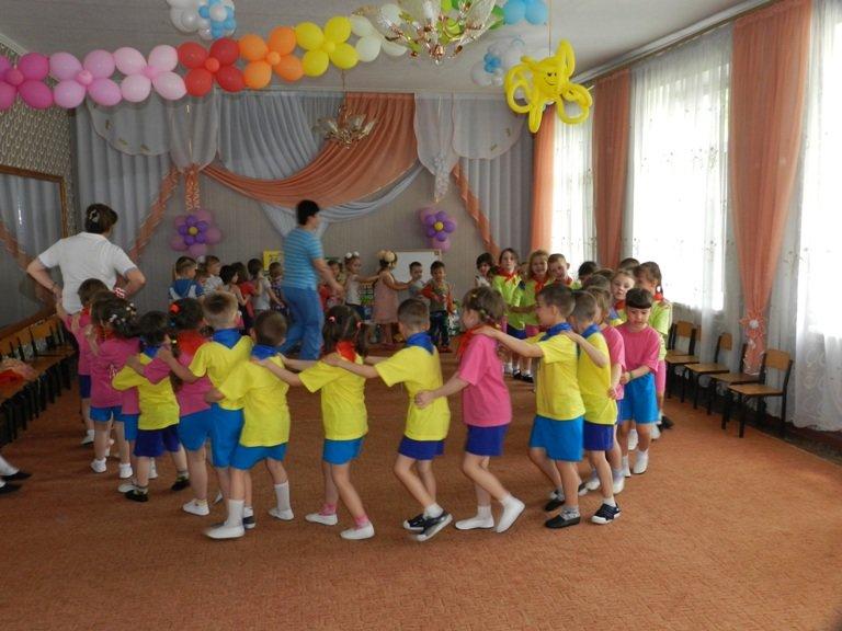 Сегодня в Димитрове открылся летний сезон в детских садах (фото) - фото 6