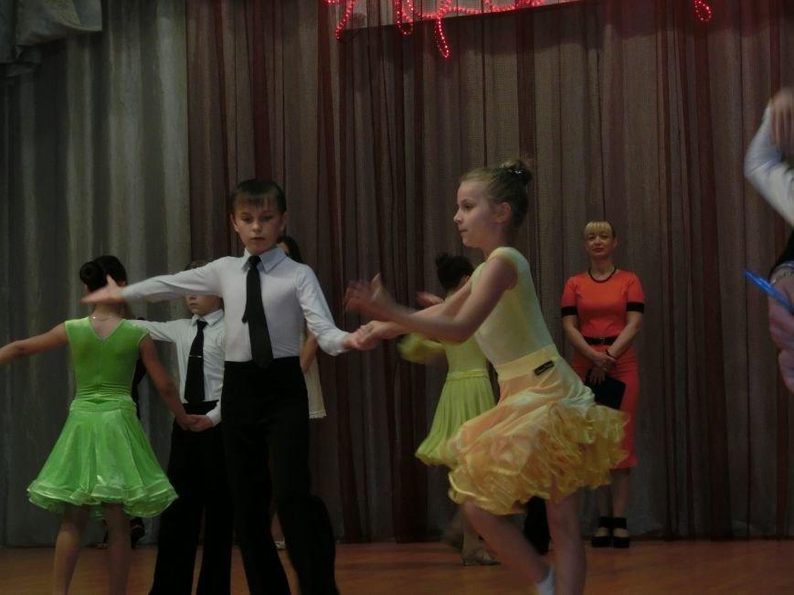 «Весняні зорі – 2015»: танцоры из Димитрова и Красноармейска зажигали танцпол (фото) - фото 7