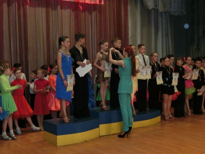 «Весняні зорі – 2015»: танцоры из Димитрова и Красноармейска зажигали танцпол (фото) - фото 23