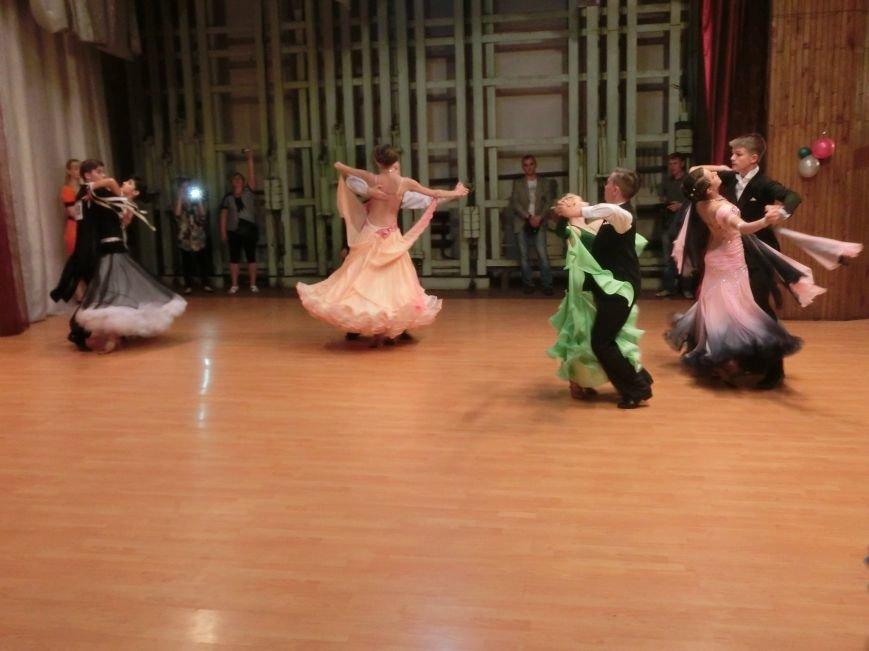 «Весняні зорі – 2015»: танцоры из Димитрова и Красноармейска зажигали танцпол (фото) - фото 14