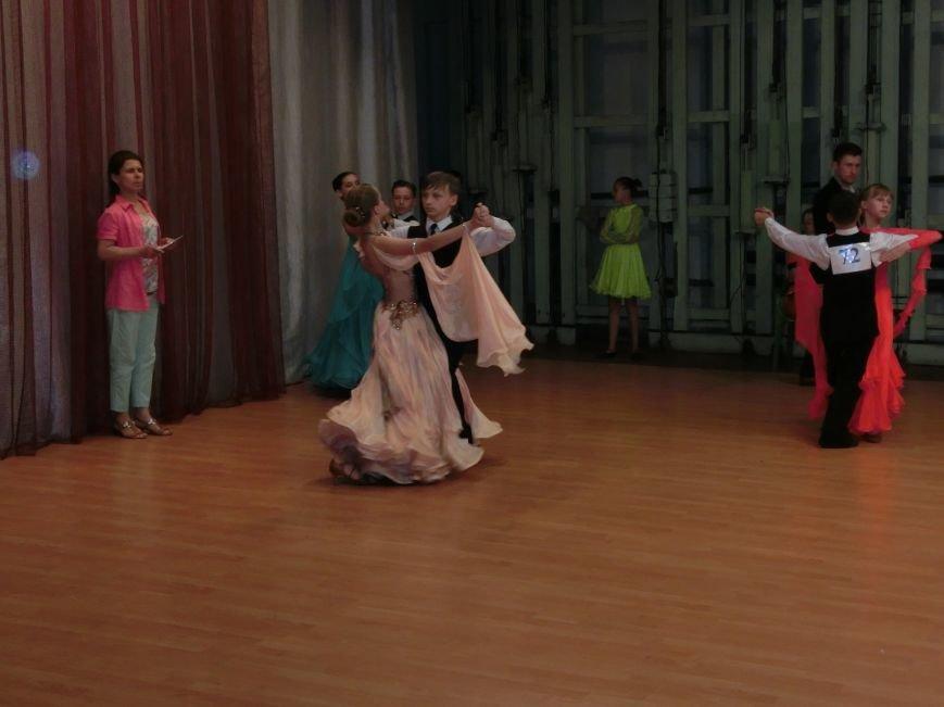 «Весняні зорі – 2015»: танцоры из Димитрова и Красноармейска зажигали танцпол (фото) - фото 10