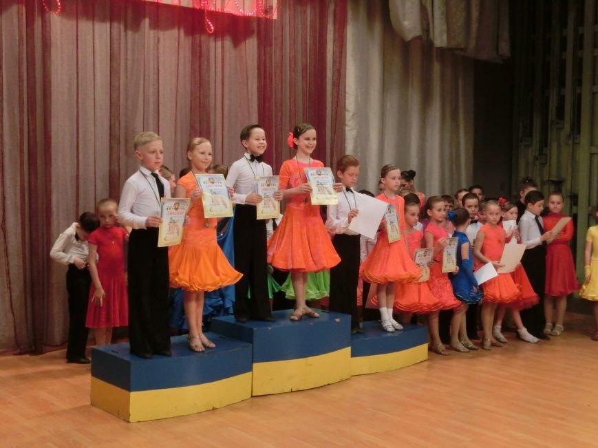 «Весняні зорі – 2015»: танцоры из Димитрова и Красноармейска зажигали танцпол (фото) - фото 24
