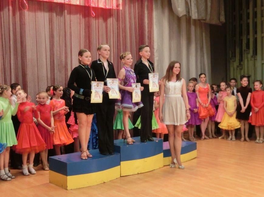 «Весняні зорі – 2015»: танцоры из Димитрова и Красноармейска зажигали танцпол (фото) - фото 21