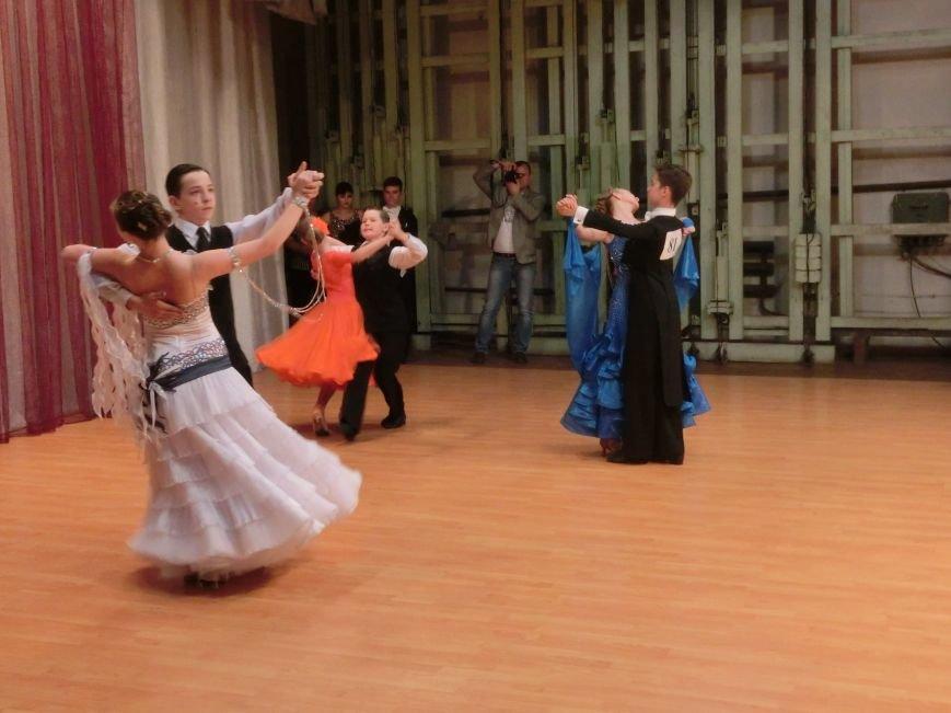 «Весняні зорі – 2015»: танцоры из Димитрова и Красноармейска зажигали танцпол (фото) - фото 13
