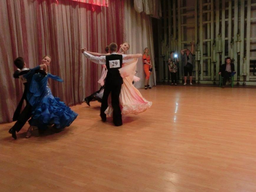 «Весняні зорі – 2015»: танцоры из Димитрова и Красноармейска зажигали танцпол (фото) - фото 15