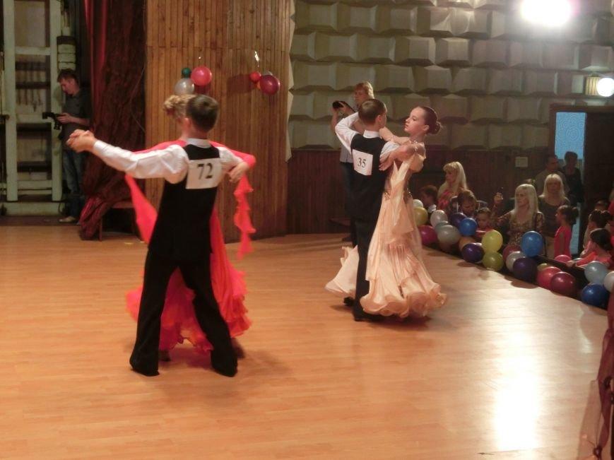 «Весняні зорі – 2015»: танцоры из Димитрова и Красноармейска зажигали танцпол (фото) - фото 11