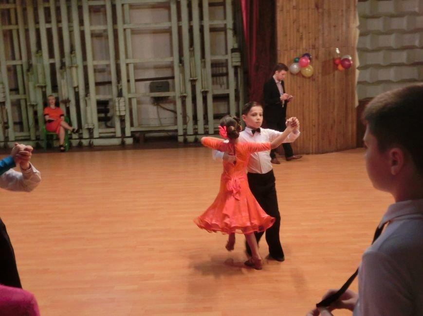 «Весняні зорі – 2015»: танцоры из Димитрова и Красноармейска зажигали танцпол (фото) - фото 6