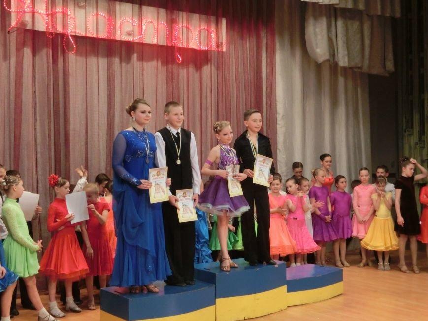 «Весняні зорі – 2015»: танцоры из Димитрова и Красноармейска зажигали танцпол (фото) - фото 25