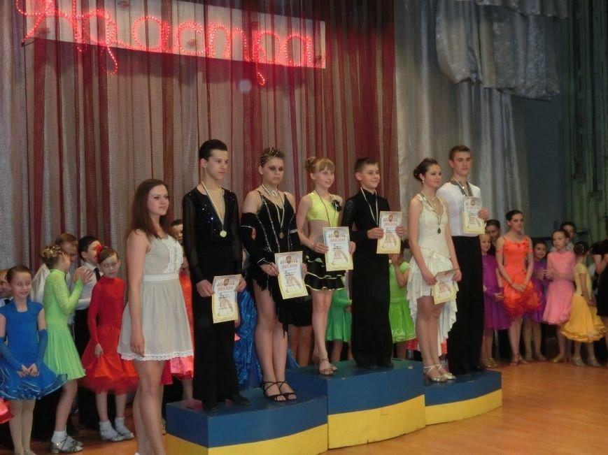 «Весняні зорі – 2015»: танцоры из Димитрова и Красноармейска зажигали танцпол (фото) - фото 20