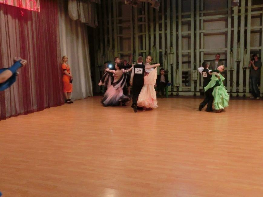 «Весняні зорі – 2015»: танцоры из Димитрова и Красноармейска зажигали танцпол (фото) - фото 16