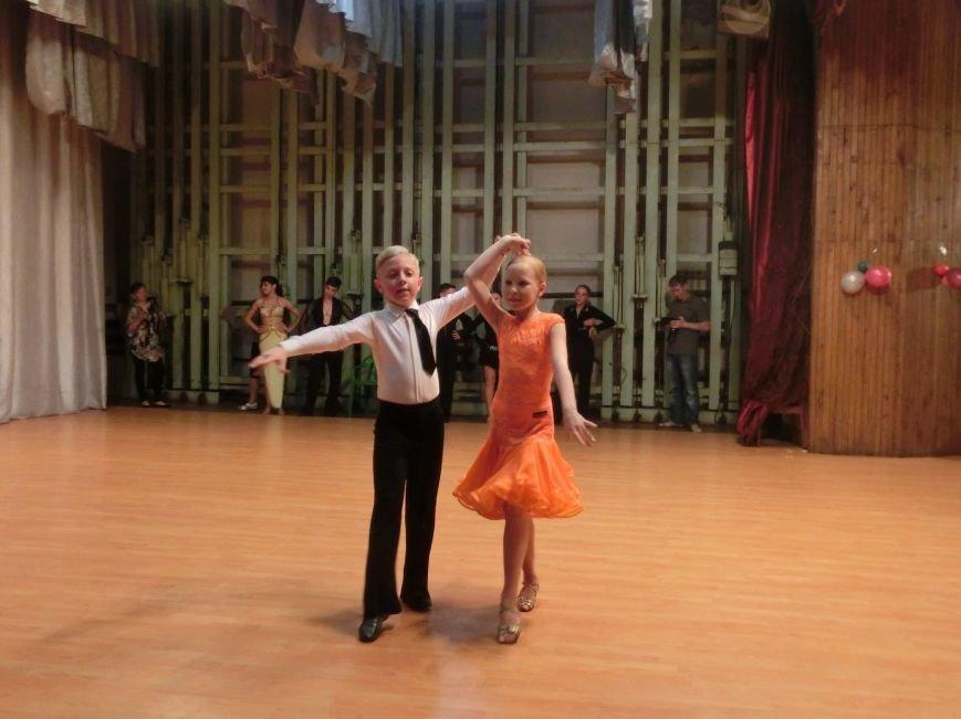 «Весняні зорі – 2015»: танцоры из Димитрова и Красноармейска зажигали танцпол (фото) - фото 18
