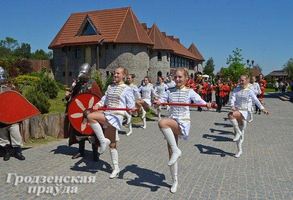 В Гродно отметили День защиты детей (фото) - фото 9