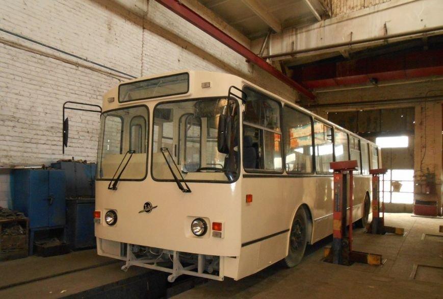 Скоро в Кировограде на линию выйдет еще один почти новый троллейбус. ФОТО (фото) - фото 1