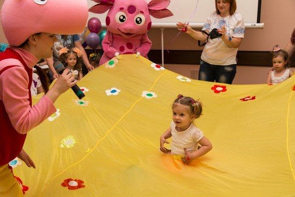 В Днепропетровске провели праздник Бабочек надежды (фото) - фото 2