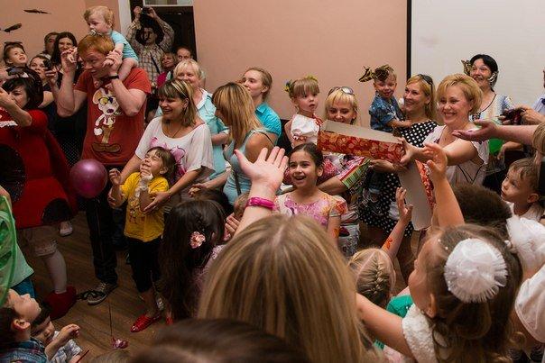 В Днепропетровске провели праздник Бабочек надежды (фото) - фото 6