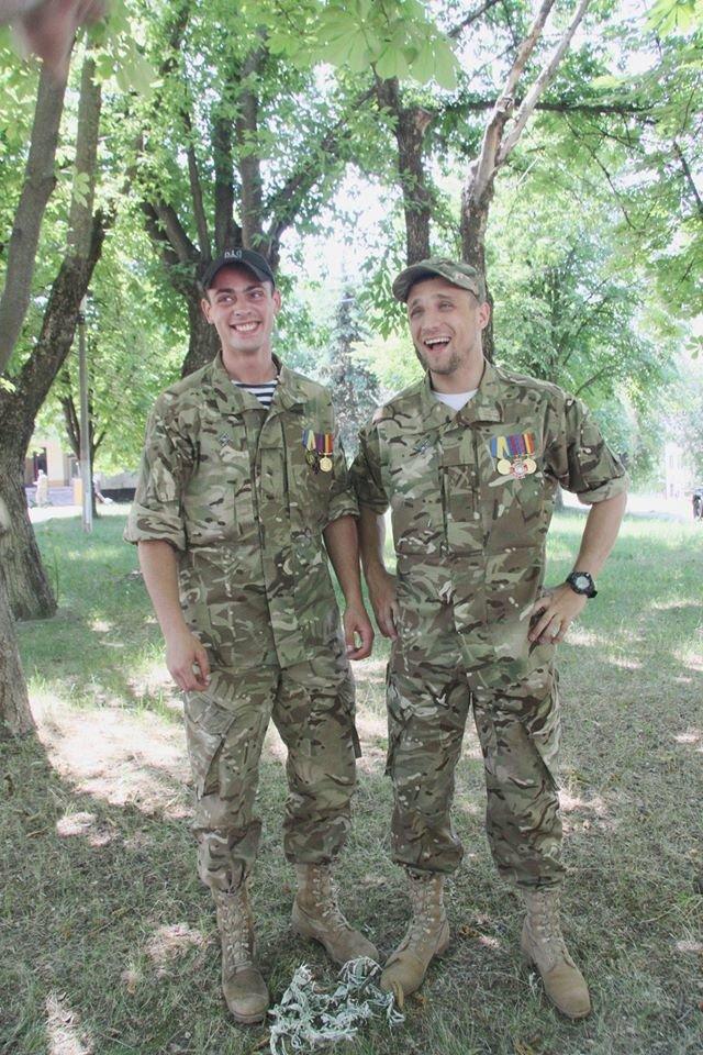 Раненые под Иловайском бойцы «Кривбасса» получили удостоверения участника боевых действий (ФОТО), фото-6