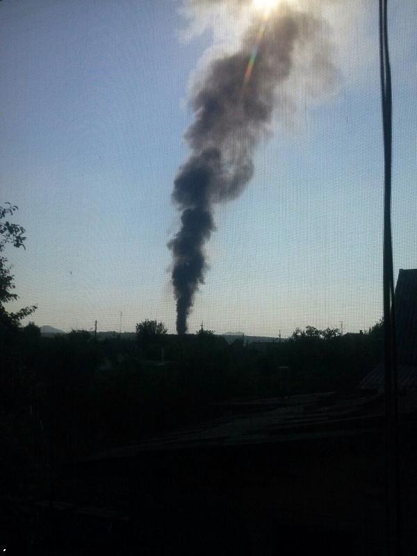 В Марьинке и Красногоровке идут бои. В Донецке - пожар в районе конно-спортивного комплекса (фото) (фото) - фото 2