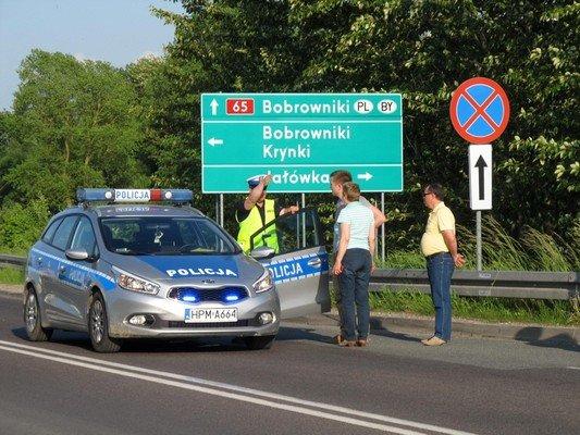 Конфликт на КПП «Бобровники-Берестовица»: польские полицейские применили газовые баллончики (фото) - фото 1