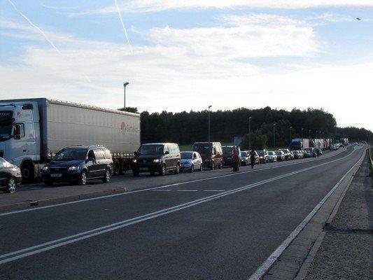 Конфликт на КПП «Бобровники-Берестовица»: польские полицейские применили газовые баллончики (фото) - фото 3