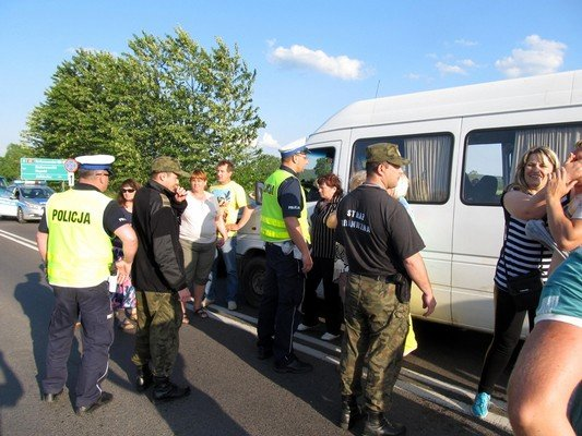 Конфликт на КПП «Бобровники-Берестовица»: польские полицейские применили газовые баллончики (фото) - фото 2