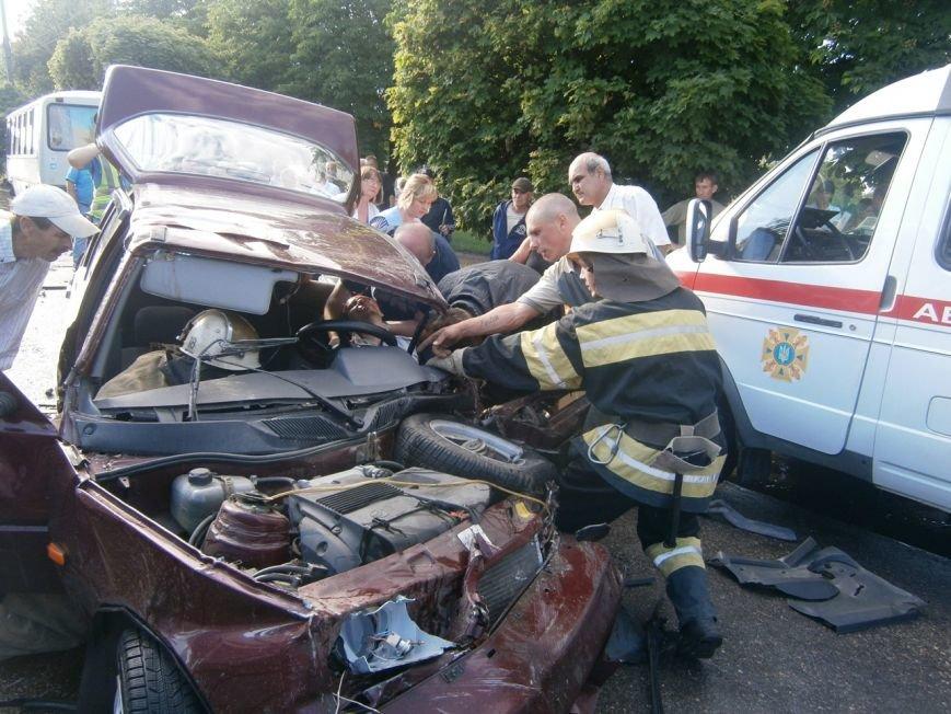 На Кировоградщине снова произошло серьезное ДТП. ФОТО (фото) - фото 1