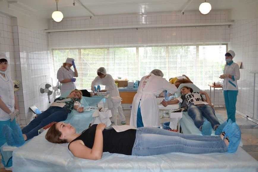 Щоб врятувати життя 25-річній Ірині з Дрогобича, сотні дніпропетровців прийшло здати для неї кров (ФОТО), фото-2