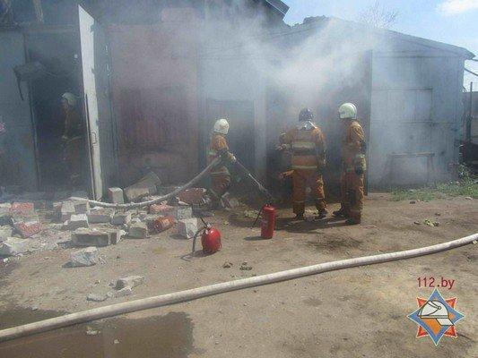В Гродно на участке розлива химпродукции произошел пожар (фото) - фото 2