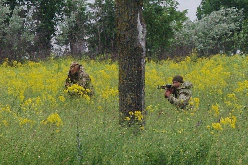 Под Одессой мобилизированным офицерам устроили военные сборы (ФОТО) (фото) - фото 1