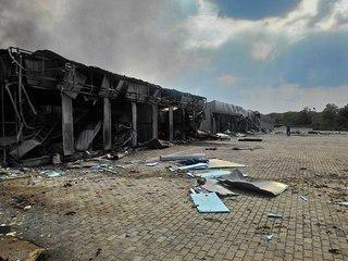 От рынка «Сокол» в Донецке из-за обстрелов осталось пепелище (ФОТО) (фото) - фото 2