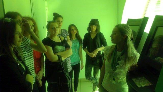 Студенты Мариупольского электромеханического техникума проходят онлайн-практику в ПриватБанке (фото) - фото 3