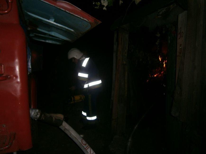 Ночной пожар в Димитрове: на месте возгорания работают Димитровские и Красноармейские спасатели (ОБНОВЛЯЕТСЯ) (фото) - фото 13