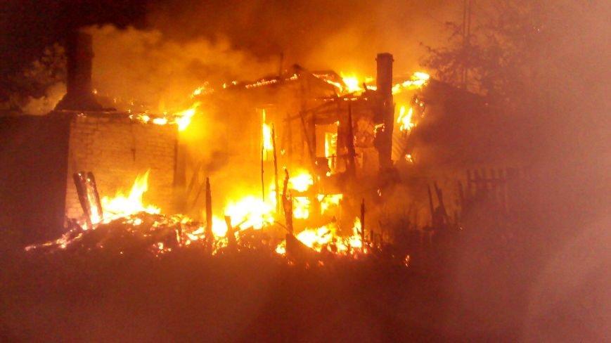 Ночной пожар в Димитрове: на месте возгорания работают Димитровские и Красноармейские спасатели (ОБНОВЛЯЕТСЯ), фото-7