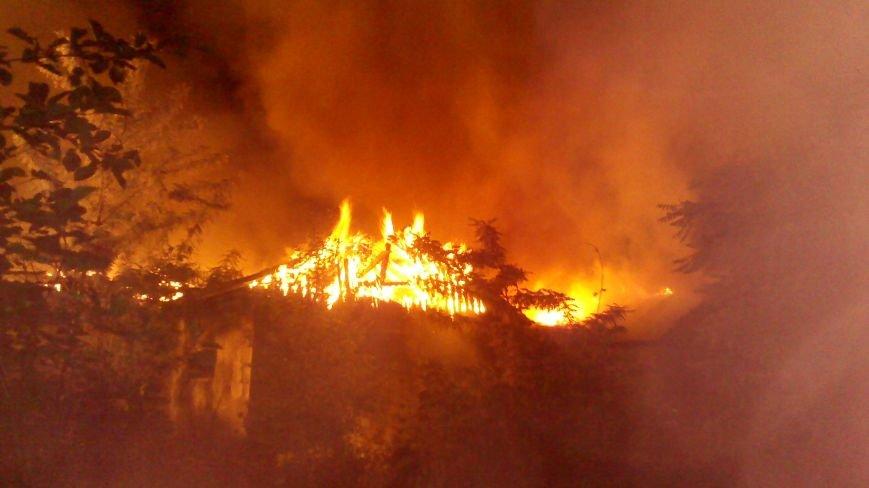 Ночной пожар в Димитрове: на месте возгорания работают Димитровские и Красноармейские спасатели (ОБНОВЛЯЕТСЯ), фото-6