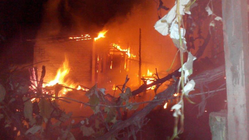Ночной пожар в Димитрове: на месте возгорания работают Димитровские и Красноармейские спасатели (ОБНОВЛЯЕТСЯ), фото-5