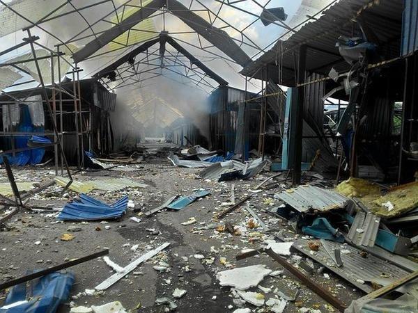 Донецкий рынок «Сокол» превратился в руины. Горел автовокзал «Западный» (фото) (фото) - фото 5