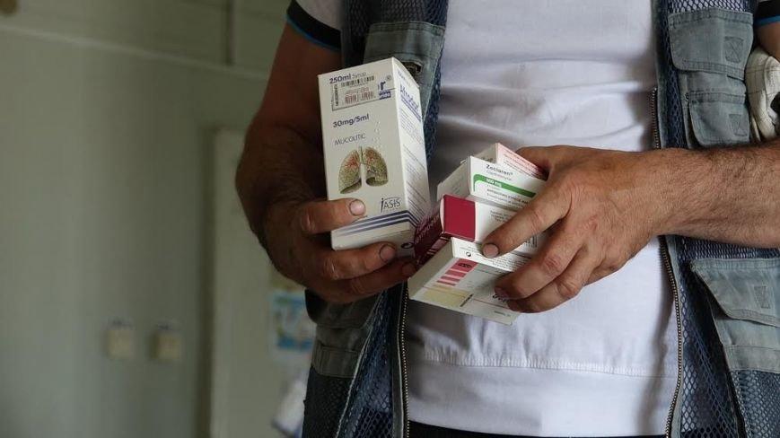 В греческих поселках под Мариуполем бесплатно выдают лекарства для нуждающихся (ФОТО) (фото) - фото 1