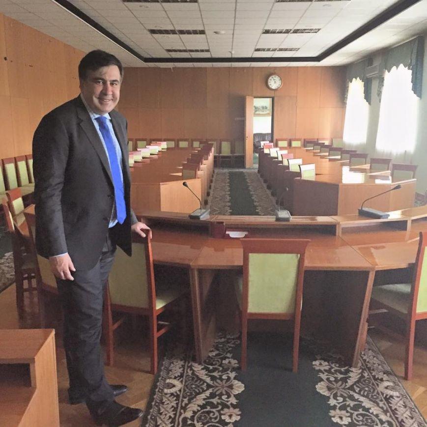 Кивалов в шоке: Саакашвили не перезвонил ему через 3 минуты (фото) - фото 1
