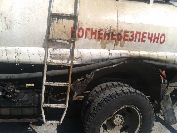 В Запорожской области перевернулся бензовоз (ФОТО) (фото) - фото 2