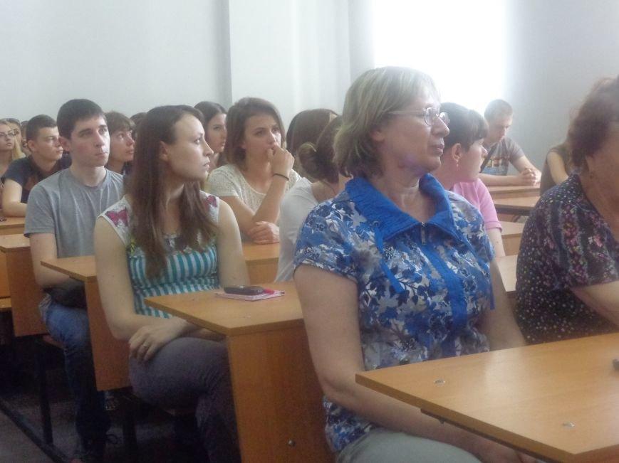 «Победа будет за нами»: ДонНТУ Красноармейска посетил добровольческий батальон «ОУН» (фото) - фото 4