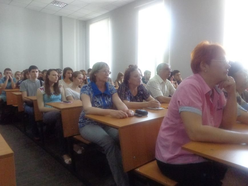 «Победа будет за нами»: ДонНТУ Красноармейска посетил добровольческий батальон «ОУН» (фото) - фото 1