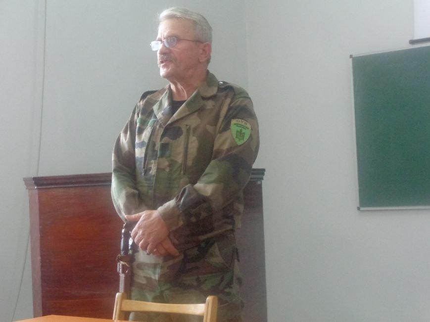 «Победа будет за нами»: ДонНТУ Красноармейска посетил добровольческий батальон «ОУН» (фото) - фото 2